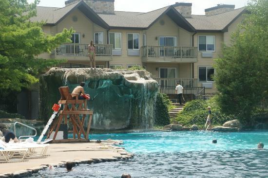 Minerals Hotel Vernon Compare Deals