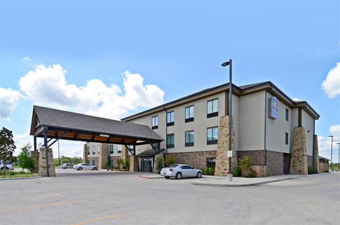 Best Western Plus Emory at Lake Fork Inn & Suites
