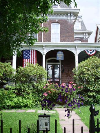 Hillard House