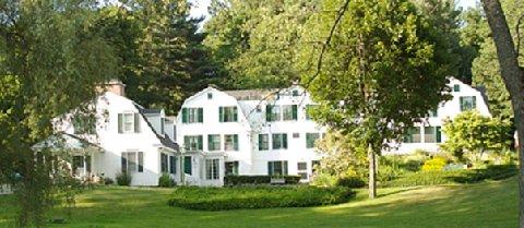 Garden Gables Inn Lenox Compare Deals