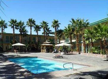About Stagecoach Hotel And
