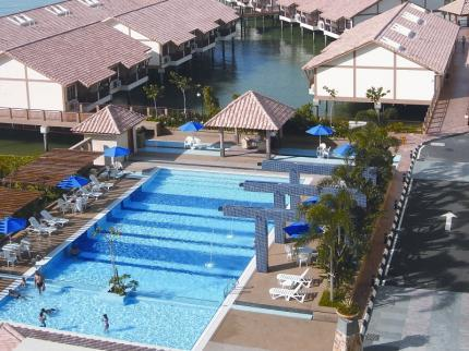 Lexis port dickson compare deals for Garden pool grand lexis