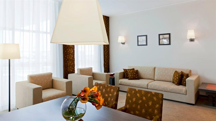 le centre sheraton case With clocatecom, you can browse events by venue find information on le centre sheraton montreal hotel (past events), including dates.