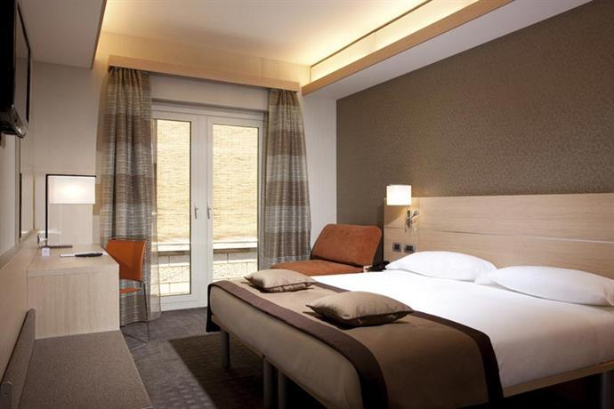 מלון איי קיו רומא צילום של הוטלס קומביינד - למטייל (3)