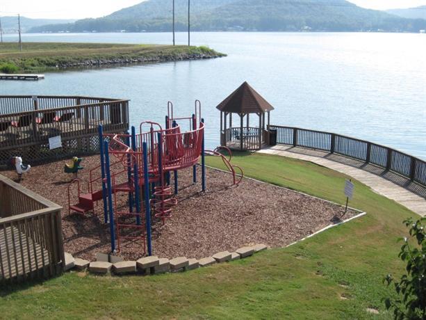 Wyndham Garden Lake Guntersville Compare Deals