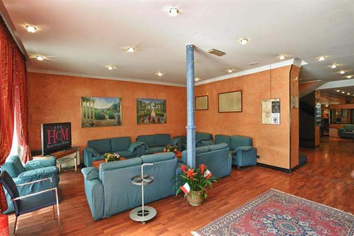 Hotel cervo milan compare deals for Hotel cervo milano