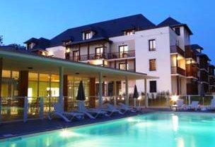 Zenitude Hotel & Residence l'Acacia Lourdes
