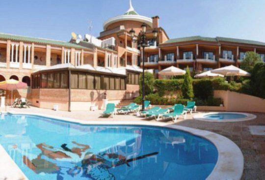 Hotel Mio Cid Отель Мио Сид