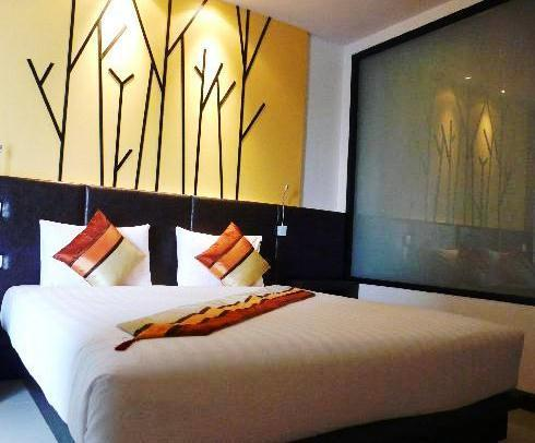 Phuket Guest Friendly Hotels - BluEco Hotel