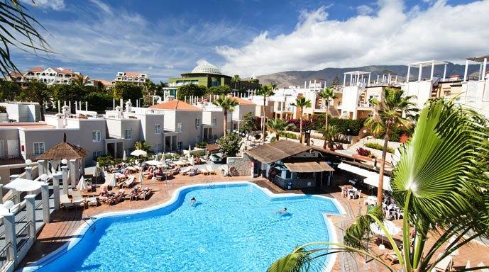 About Los Olivos Beach Resort