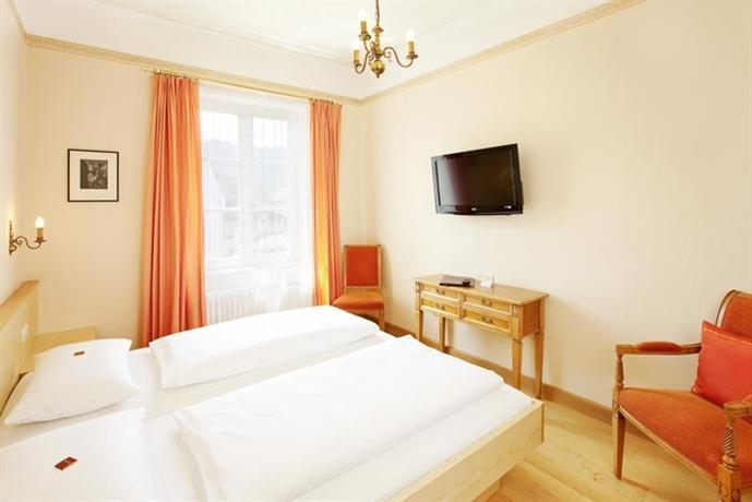 Über Hotel Hirsch