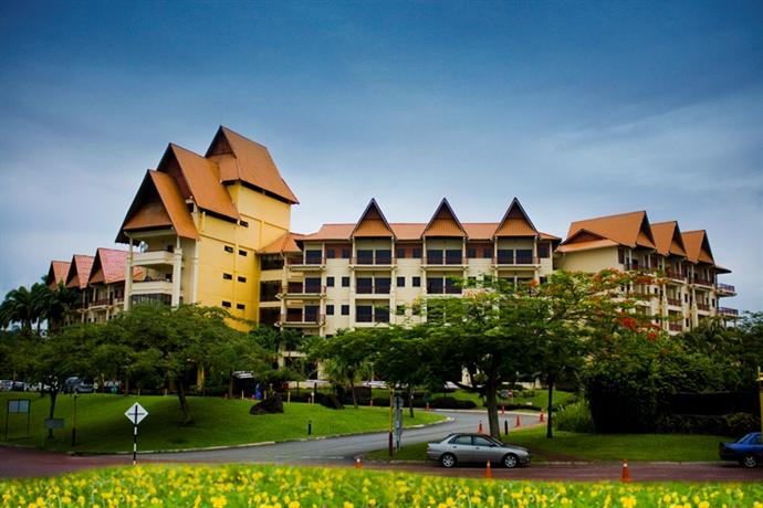 famosa resort Book the a'famosa resort - situated in alor gajah, this golf resort is 04 mi (07 km) from freeport a'famosa outlet and 2 mi (32 km) from a'famosa water theme park hospital alor gajah is 55 mi (89 km) away.