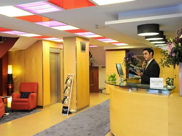 Hotel abbot barcellona offerte in corso for Offerte hotel barcellona