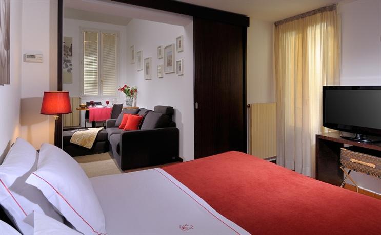 About Hotel Al Cappello Rosso 1de075d4df25