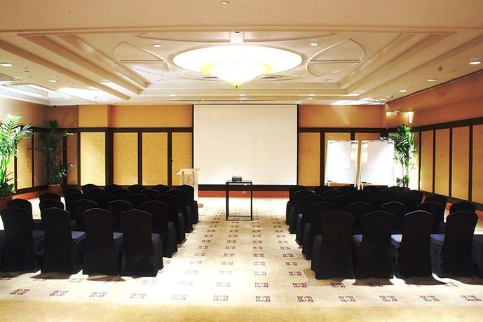 The Bellevue Manila Muntinlupa Compare Deals