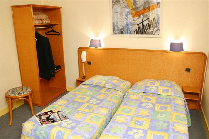 phileas hotel paris compare deals. Black Bedroom Furniture Sets. Home Design Ideas
