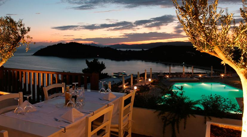 Skiathos palace hotel koukounaries compare deals for Skiathos hotels