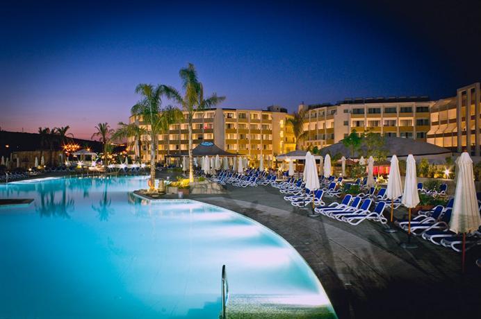 Db Seabank Resort Spa Mellieha Compare Deals