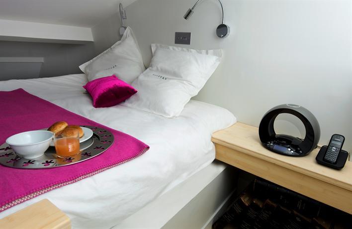 helzear saint honore apartments paris compare deals. Black Bedroom Furniture Sets. Home Design Ideas