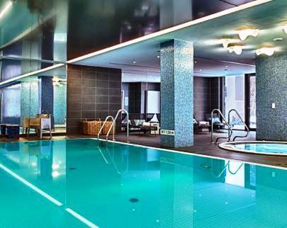 adina apartment hotel hamburg michel compare deals. Black Bedroom Furniture Sets. Home Design Ideas