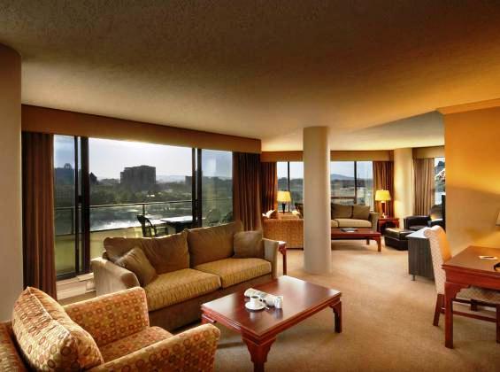 Victoria Regent Waterfront Hotel And Suites