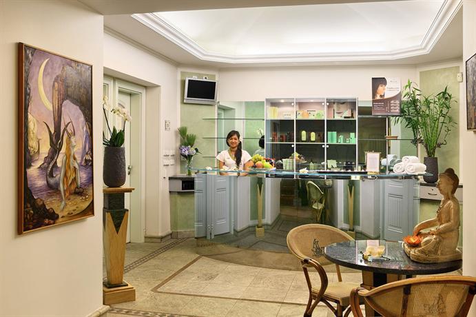 Hotel Paris Prague Compare Deals