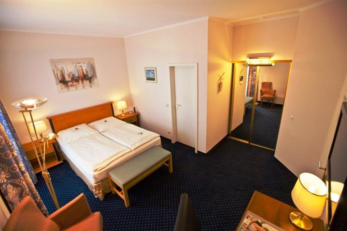relexa hotel bellevue hamburg die g nstigsten angebote. Black Bedroom Furniture Sets. Home Design Ideas