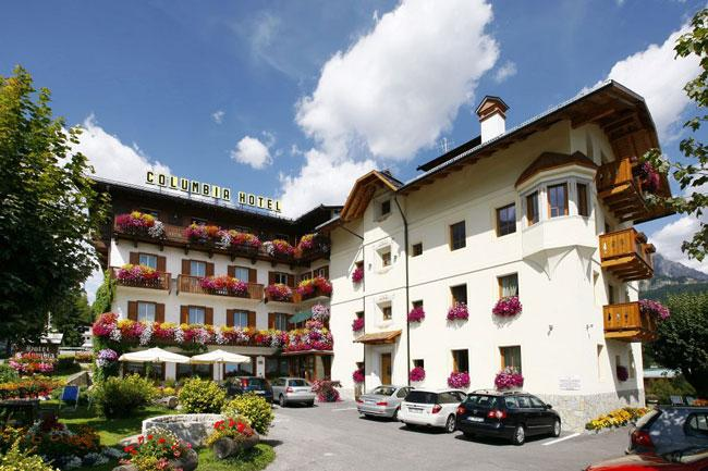 cortina dampezzo cougars personals The 10 best holiday rentals in cortina d'ampezzo,  the property may pay bookingcom a bit more to be in this  housed in a building dating from 1963,.