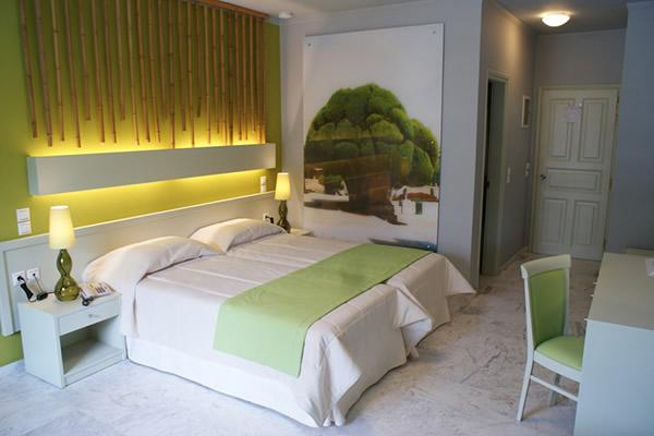 Bourtzi boutique hotel skiathos town compare deals for Bourtzi hotel skiathos