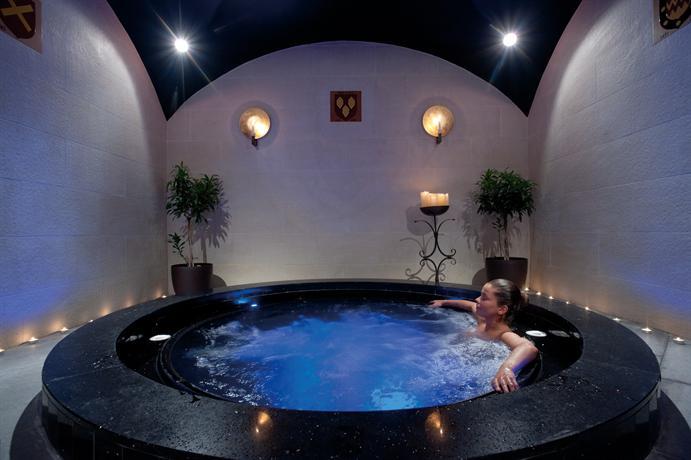 מלון אמאטוס ביץ' צילום של הוטלס קומביינד - למטייל (3)