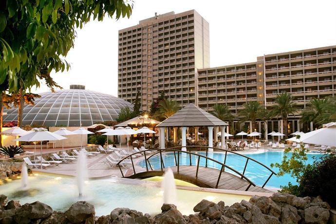 מלון רודוס פאלאס צילום של הוטלס קומביינד - למטייל (2)