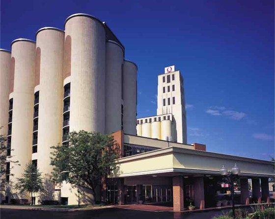 Hotels Close To University Of Akron Ohio