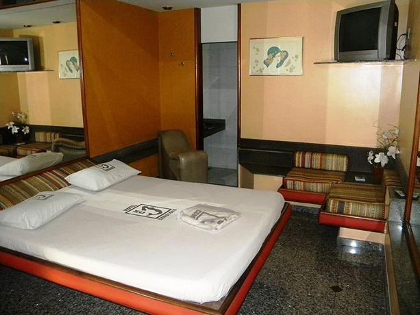 Motel Comodoro Adult Only