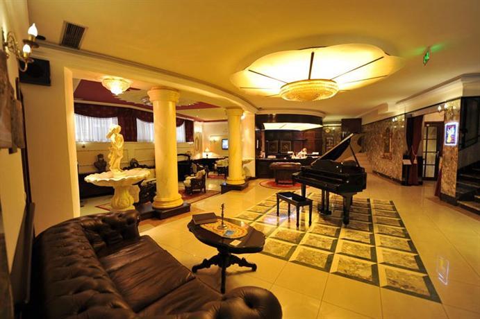 Queen 39 s astoria design hotel belgrado offerte in corso for Design hotel astoria