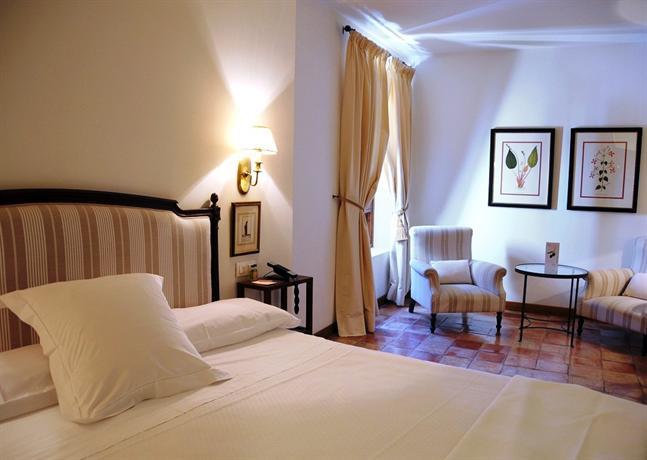 Hotel puerta de la luna baeza compare deals - Hotel puerta de la luna baeza ...