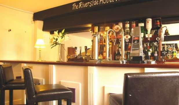 Riverside Hotel Monmouth Reviews