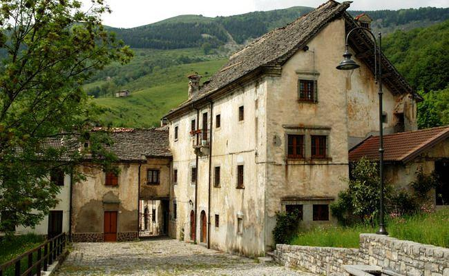 Fuipiano Valle Imagna Italy  city photos : ... Hotel Fuipano Valle Imagna, Fuipiano Valle Imagna Compare Deals
