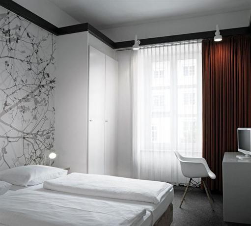 Design hotel stadt rosenheim munich compare deals for Design hotel rosenheim munich