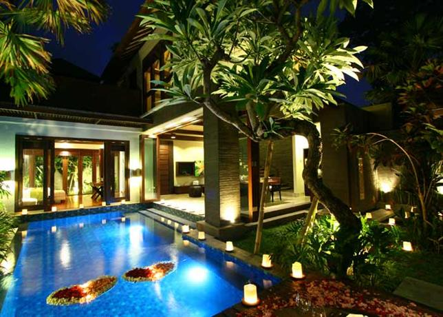 Le jardin boutique villas seminyak compare deals for Casa jardin jalan damai