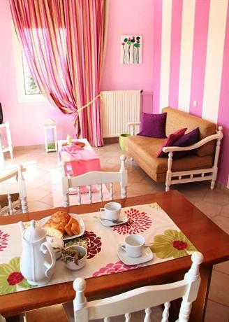 Water Lily Apartments Akrotiri Crete, Akrotiri peninsula - Compare Deals