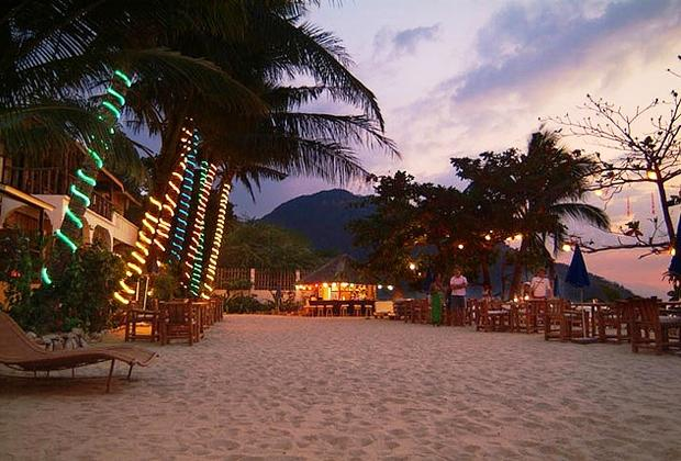 About Sunset At Aninuan Beach Resort Puerto Galera