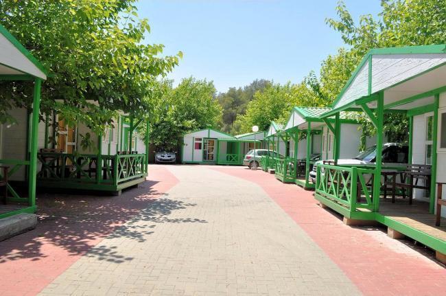 Liste des campings benidorm et alicante photos for Camping el jardin de playa muchavista sl el campello