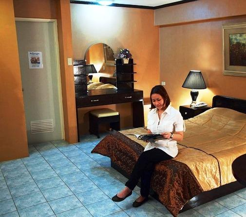 Rockpoint Hotsprings Resort - Hotel and Spa, Calamba - Compare Deals