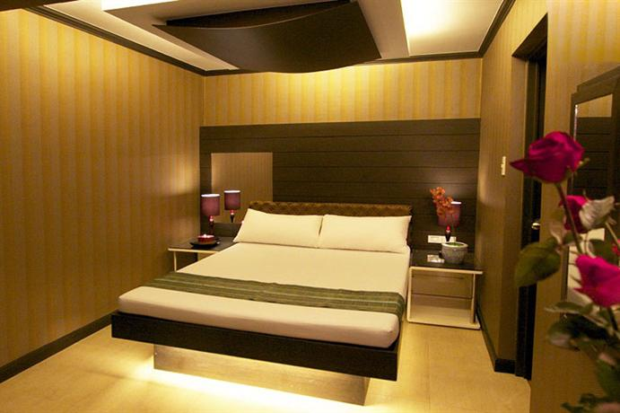Search London Hotels