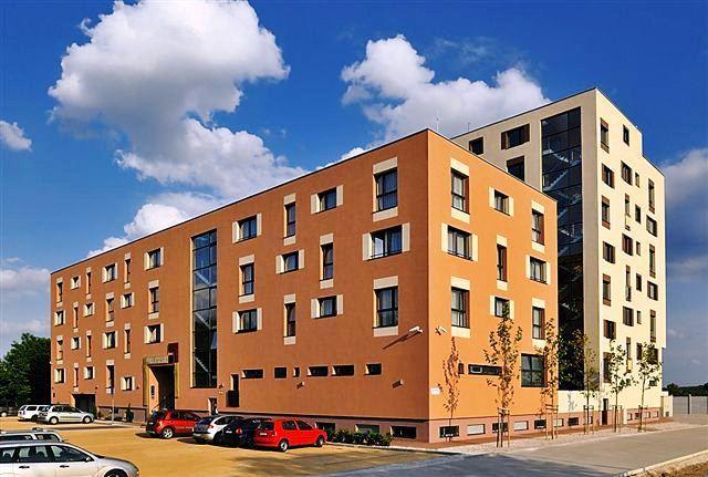 Melrose apartments bratislava compare deals for Bratislava apartments