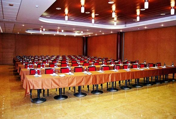 Hotel Blaumar Blanes - Compare Deals
