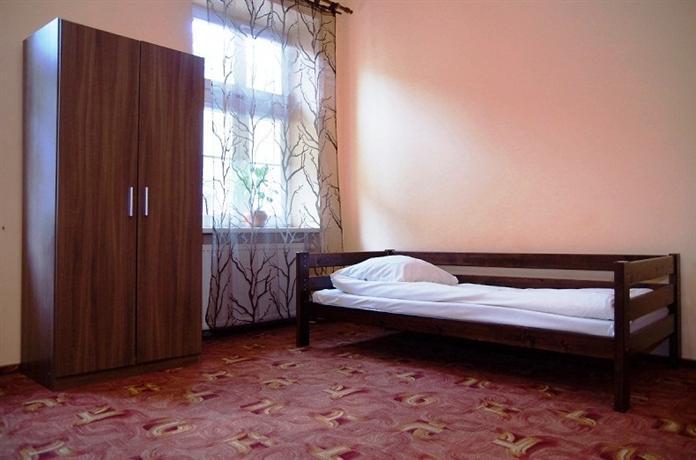 Flower Hostel