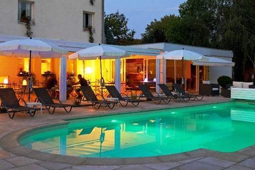 H Tel Les Jardins D 39 Adalric Obernai Comparez Les Offres