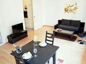 Apartment am potsdamer platz berlin compare deals for Apartments maison am olivaer platz