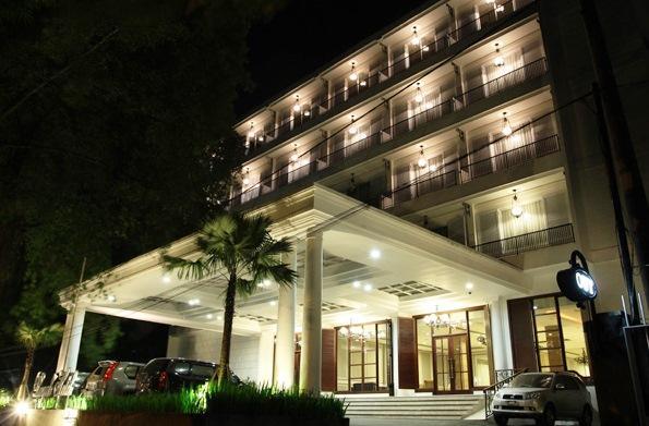 Royal Hotel Bogor Compare Deals